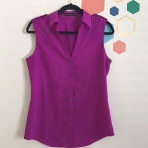 The Limited Sleeveless Shirt Size M
